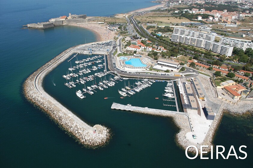 View of the marina at Oeiras