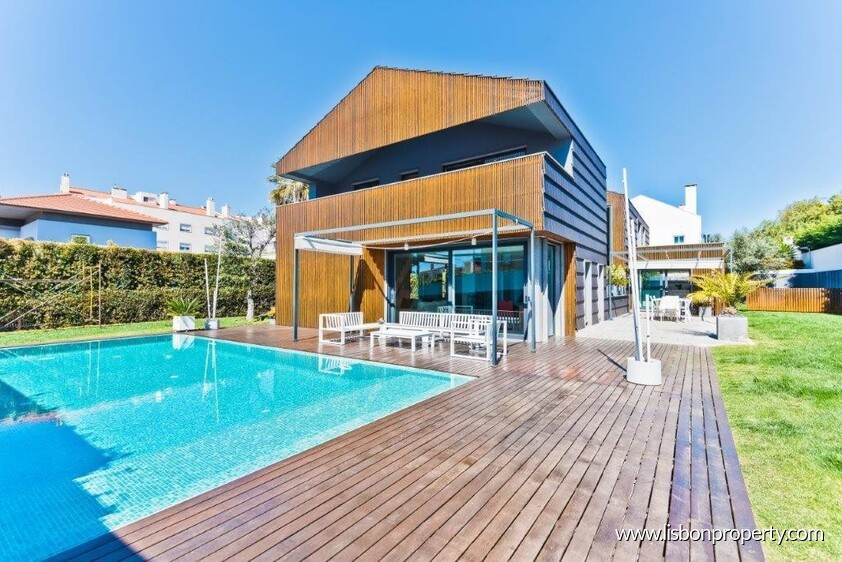 Villa V7 for sale in Cascais • ref 19506 - 0
