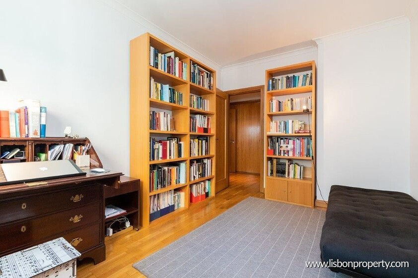 Apartment T2 for sale in Lisbon Historic Center • ref 18967 - 17