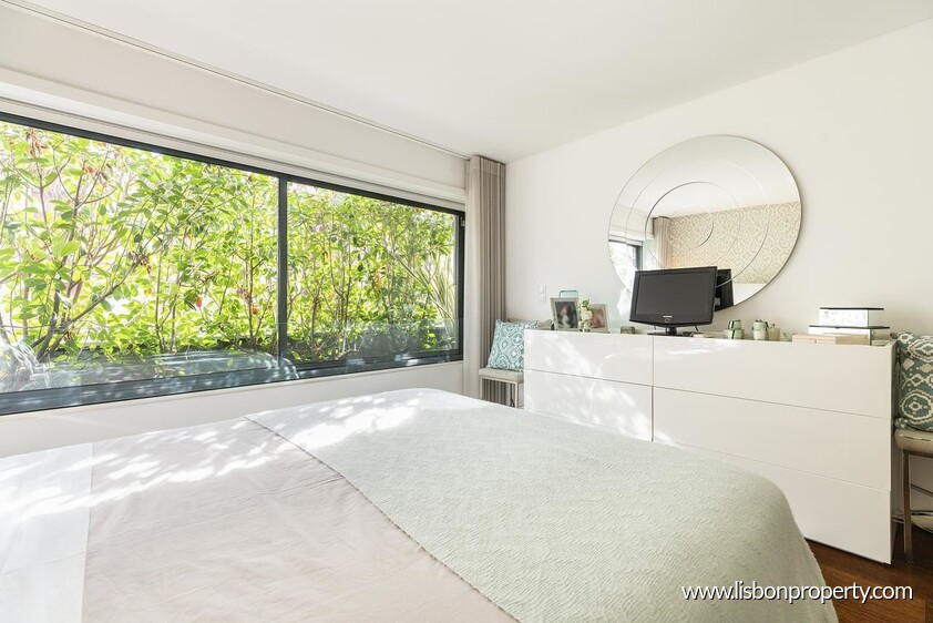 Apartment T4 for sale in Lisbon North • ref 19945 - 6